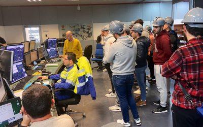 Los alumnos del IES Profesor Tierno Galván reciben las claves para la sostenibilidad en la industria