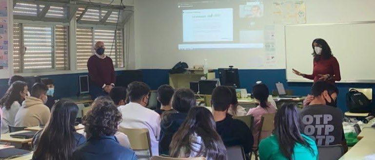 FLACEMA inaugura en el IES El Palo de Málaga un nuevo ciclo de jornadas con los centros de enseñanza del entorno de las fábricas de cemento andaluzas